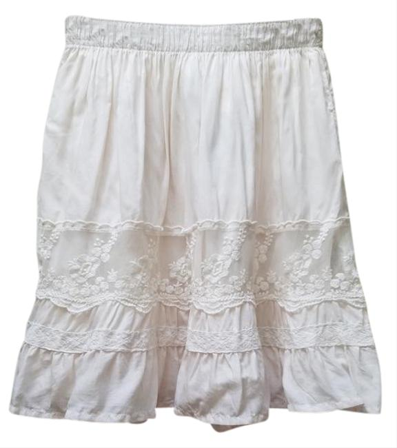 Preload https://img-static.tradesy.com/item/21255023/abercrombie-and-fitch-cream-brittany-natural-waist-lace-skater-skirt-size-0-xs-25-0-1-650-650.jpg