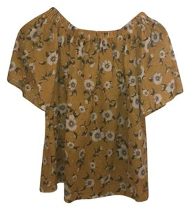 Independent Clothing Co. Top yellow with flowers