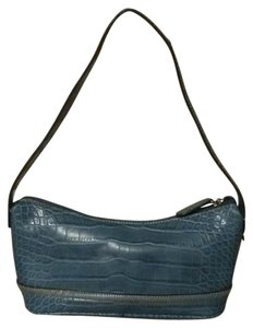 62cf2e5a6 Tommy Hilfiger Bags - 70% - 90% off at Tradesy (Page 3)