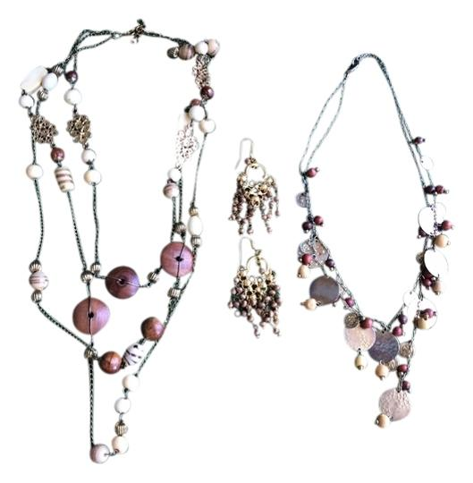 Preload https://item2.tradesy.com/images/banana-republic-natural-wood-bead-set-of-2-1-pair-of-earrings-necklace-2125696-0-0.jpg?width=440&height=440