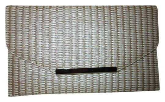 Preload https://item3.tradesy.com/images/nine-west-woven-envelope-beige-and-white-straw-clutch-21257192-0-1.jpg?width=440&height=440