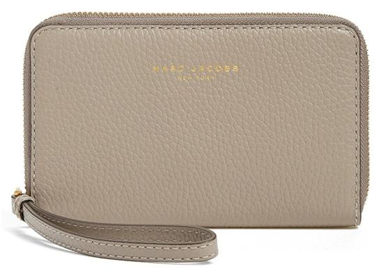 Preload https://img-static.tradesy.com/item/21257194/marc-jacobs-pike-place-zip-phone-purse-wallet-cement-leather-wristlet-0-0-540-540.jpg