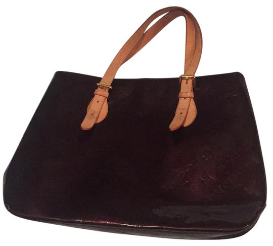Preload https://item3.tradesy.com/images/louis-vuitton-brentwood-vernis-armarante-tote-21257307-0-1.jpg?width=440&height=440
