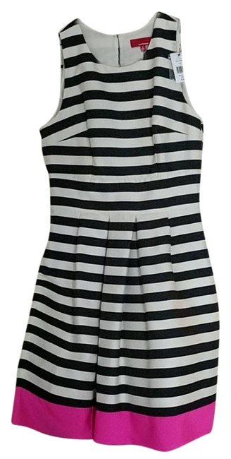 Preload https://item4.tradesy.com/images/saks-fifth-avenue-black-white-pink-s14-7005r-short-casual-dress-size-6-s-21257453-0-5.jpg?width=400&height=650