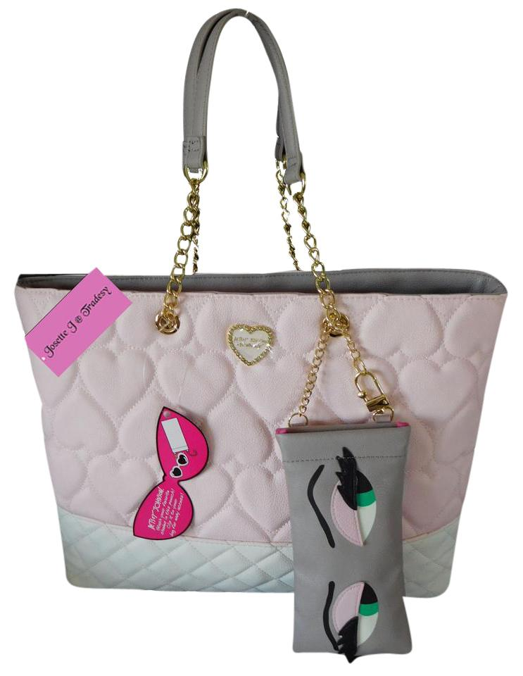 Betsey Johnson Sunglass Case Tote In Blush