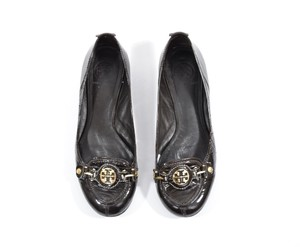Tory Burch Shiny Patent Leather Signature Brown-Black Flats