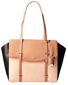 Nine West Office Camel Tote in Multi Sand
