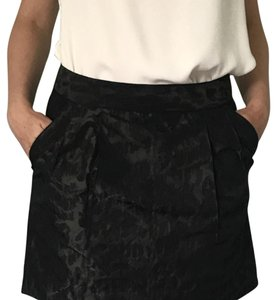 Gap Skirt Black with Pattern