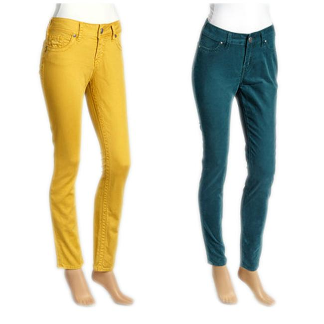 Preload https://item4.tradesy.com/images/silver-jeans-co-yellow-green-medium-wash-women-s-suki-colored-pants-skinny-jeans-size-25-2-xs-21257778-0-0.jpg?width=400&height=650