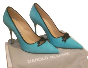 Manolo Blahnik Never Worn Light Blue Pumps