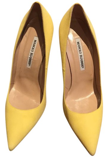Preload https://img-static.tradesy.com/item/21257940/manolo-blahnik-yellow-pumps-size-us-95-regular-m-b-0-1-540-540.jpg