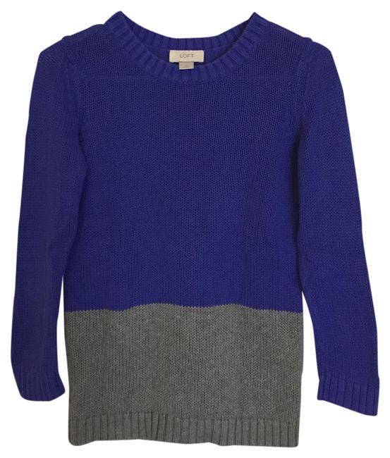 Preload https://item3.tradesy.com/images/ann-taylor-loft-blue-and-gray-color-block-sweaterpullover-size-0-xs-21258432-0-1.jpg?width=400&height=650