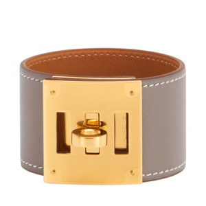 dc14dd0056 Hermès Hermes Etoupe Swift Kelly Dog Leather Cuff Bracelet Gold Hardware