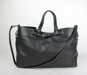 Gucci Soft Leather Handbag Tote in Black