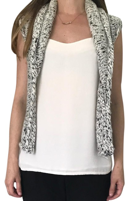 Preload https://item2.tradesy.com/images/ann-taylor-loft-gray-and-white-vest-size-4-s-21259191-0-1.jpg?width=400&height=650