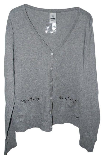Preload https://item1.tradesy.com/images/victoria-s-secret-heather-grey-cotton-studded-pockets-button-down-cardigan-size-6-s-21259225-0-1.jpg?width=400&height=650