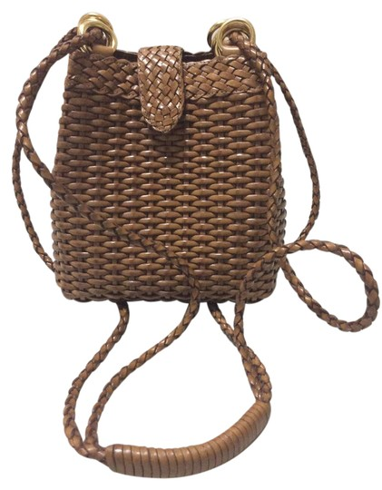 Preload https://item4.tradesy.com/images/sale-woven-brown-leather-cross-body-bag-21259598-0-3.jpg?width=440&height=440