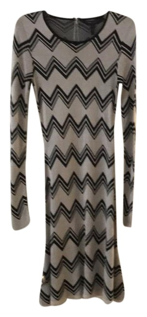 Preload https://item3.tradesy.com/images/bcbgmaxazria-black-and-cream-keeley-mid-length-short-casual-dress-size-8-m-21259967-0-1.jpg?width=400&height=650