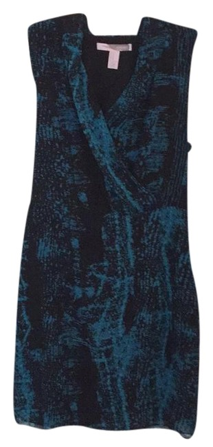 Preload https://item2.tradesy.com/images/forever-21-black-and-teal-sleeveless-short-casual-dress-size-8-m-21259996-0-1.jpg?width=400&height=650