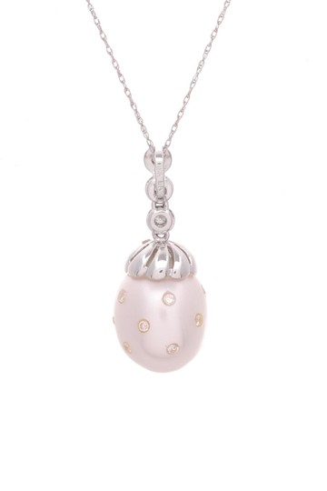 Other 18K White Gold Diamond & Pearl Pendant Necklace