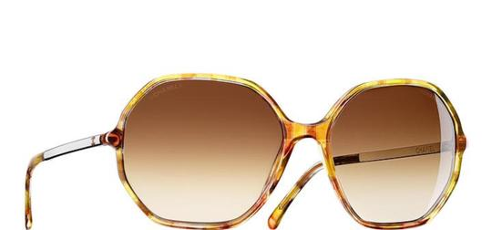 Preload https://item5.tradesy.com/images/chanel-yellow-multicolor-5345-cc-logo-round-signature-brown-oversized-classic-sunglasses-21260189-0-0.jpg?width=440&height=440