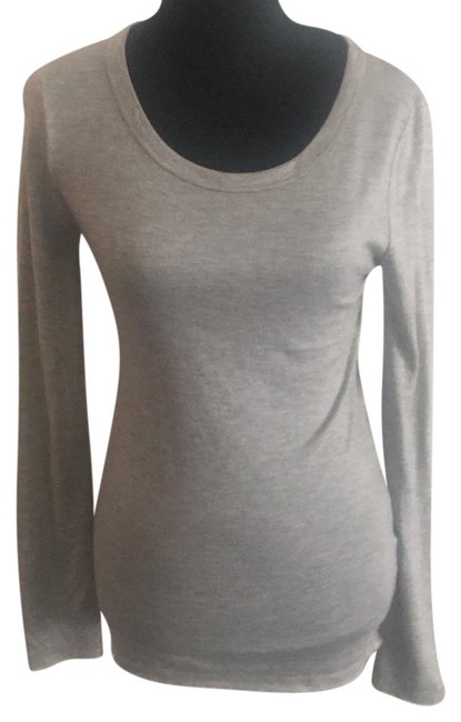 Preload https://item5.tradesy.com/images/forever-21-gray-long-sleeve-tee-shirt-size-6-s-21260274-0-1.jpg?width=400&height=650