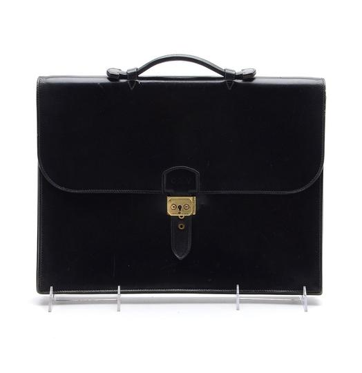 Preload https://item2.tradesy.com/images/hermes-vintage-a-depeches-briefcase-black-leather-laptop-bag-21260296-0-0.jpg?width=440&height=440