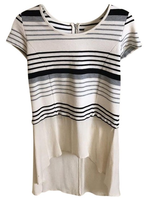 Preload https://item5.tradesy.com/images/anthropologie-blouse-size-2-xs-21260319-0-1.jpg?width=400&height=650
