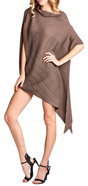 Preload https://img-static.tradesy.com/item/21260481/brown-mondi-pleated-with-unique-unbalanced-lining-tunic-size-os-one-size-0-1-650-650.jpg