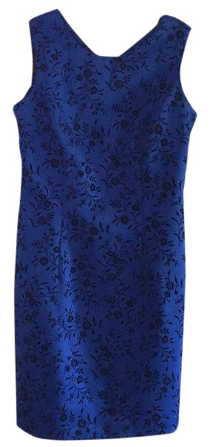 Preload https://img-static.tradesy.com/item/21260680/donna-ricco-royal-blue-mid-length-cocktail-dress-size-6-s-0-1-650-650.jpg