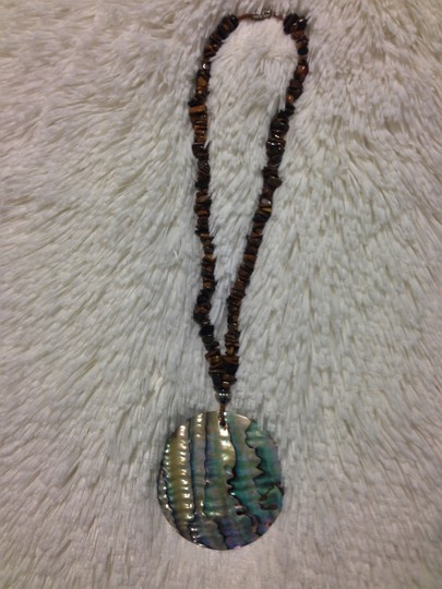 Other Abalone and Natural Stone Pendant Necklace Image 1