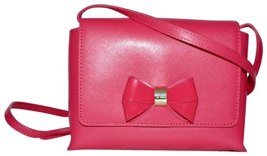 Preload https://img-static.tradesy.com/item/21261732/ted-baker-bow-flap-pink-saffiano-leather-cross-body-bag-0-5-540-540.jpg