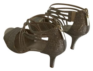 Bandolino nude sparkly Formal