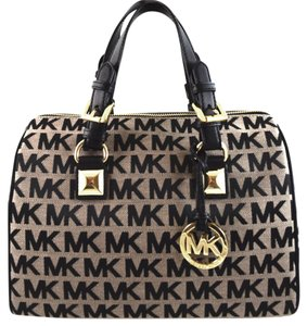 Michael Kors Satchel in beige/black/black