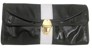 Allegro Pacific Black-White Clutch