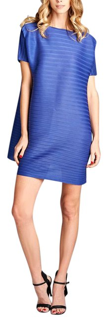 Preload https://img-static.tradesy.com/item/21262026/blue-tunic-pleated-short-casual-dress-size-os-one-size-0-1-650-650.jpg
