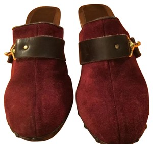 Coach wine Mules