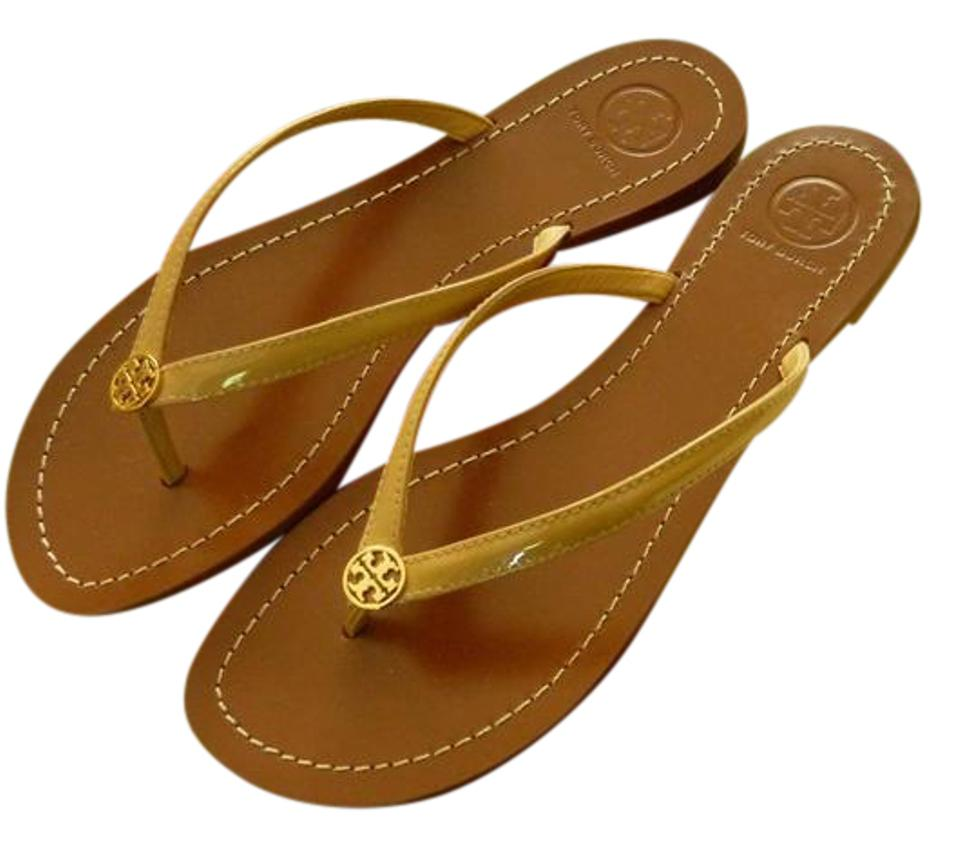 93e1e45f950 Tory Burch Ladies  terra  Flat Sun Beige Patent Sandals. Size  US 9 Regular  (M ...