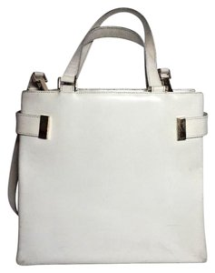 Gucci Multi-compartment Has Restored Lining Large Satchel/Tote Two-way Style Dressy Or Casual Satchel in Ivory leather