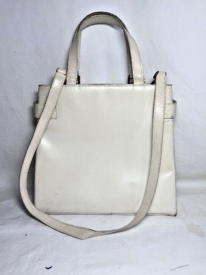Gucci Multi-compartment Has Restored Lining Large Satchel/Tote Two-way Style Dressy Or Casual Satchel in Ivory leather Image 1