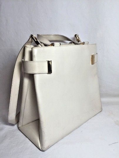 Gucci Multi-compartment Has Restored Lining Large Satchel/Tote Two-way Style Dressy Or Casual Satchel in Ivory leather Image 2