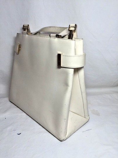 Gucci Multi-compartment Has Restored Lining Large Satchel/Tote Two-way Style Dressy Or Casual Satchel in Ivory leather Image 4