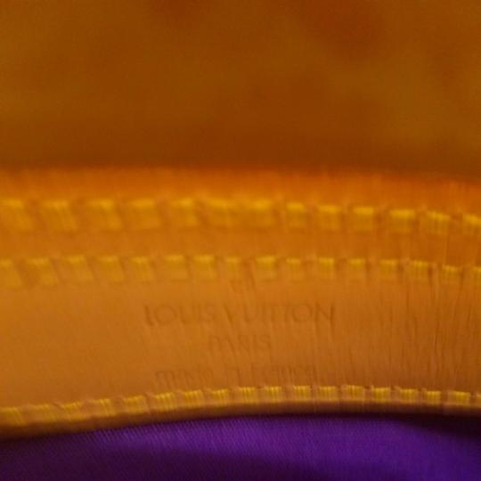 Louis Vuitton Tote in Purple Image 7