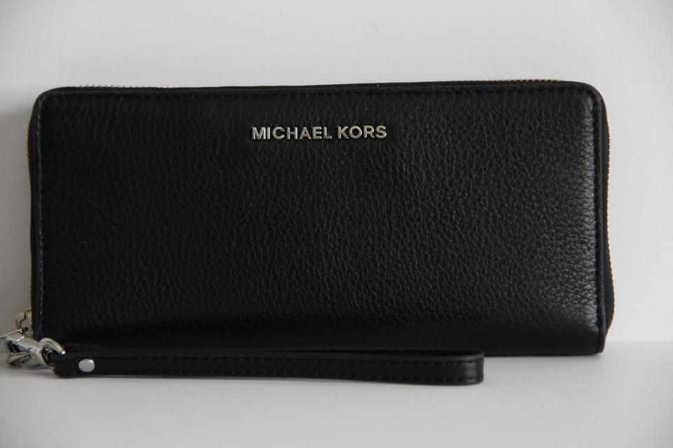 a316c3cbabac69 ... Michael Kors Bedford Travel Continental Leather Wallet Wristlet Black.
