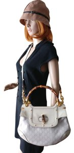 Gucci Leather Indy Gg Cross Body Bamboo Satchel in Off White