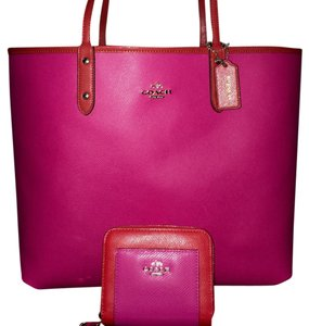 Coach Tote in Carmine/Pink Ruby