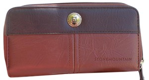 Stone Mountain Accessories NEW NWT Leather Wallet with Gorgeous Interior