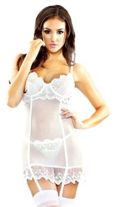 Fantasy Pure New Honeymoon Sexy Lingerie Gift Bridal Bachelorette Embroderied Garter Chemsie And G-String Size M/L