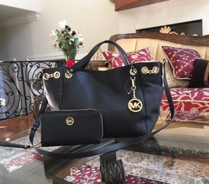 Michael Kors Mk Gathered Chain Leather Strap Tote in Black