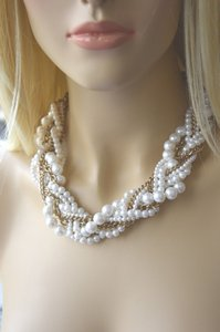 New York & Company NY DESIGNER YELLOW GOLD CHAIN & PEARLS NECKLACE ON SALE